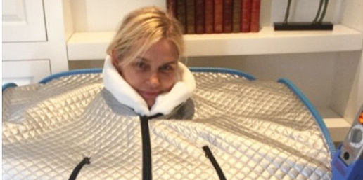 Yolanda Foster detoxing in a personal sauna