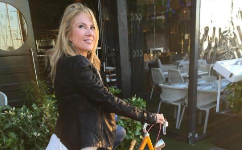 Ramona-Singer-riding-a-bicycle