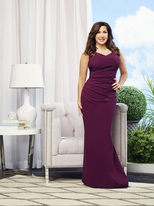 Jacqueline Laurita posing for her Real Housewives of New Jersey Season 7 Cast Picture