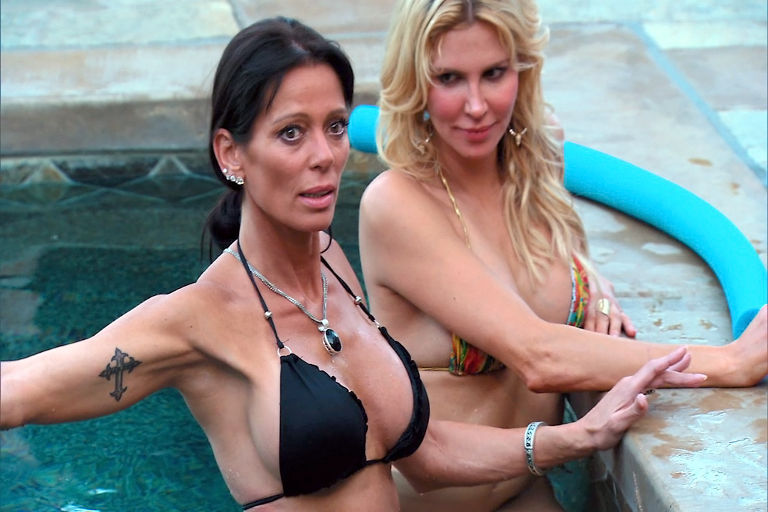 carlton gebbia in the pool with brandi glanville