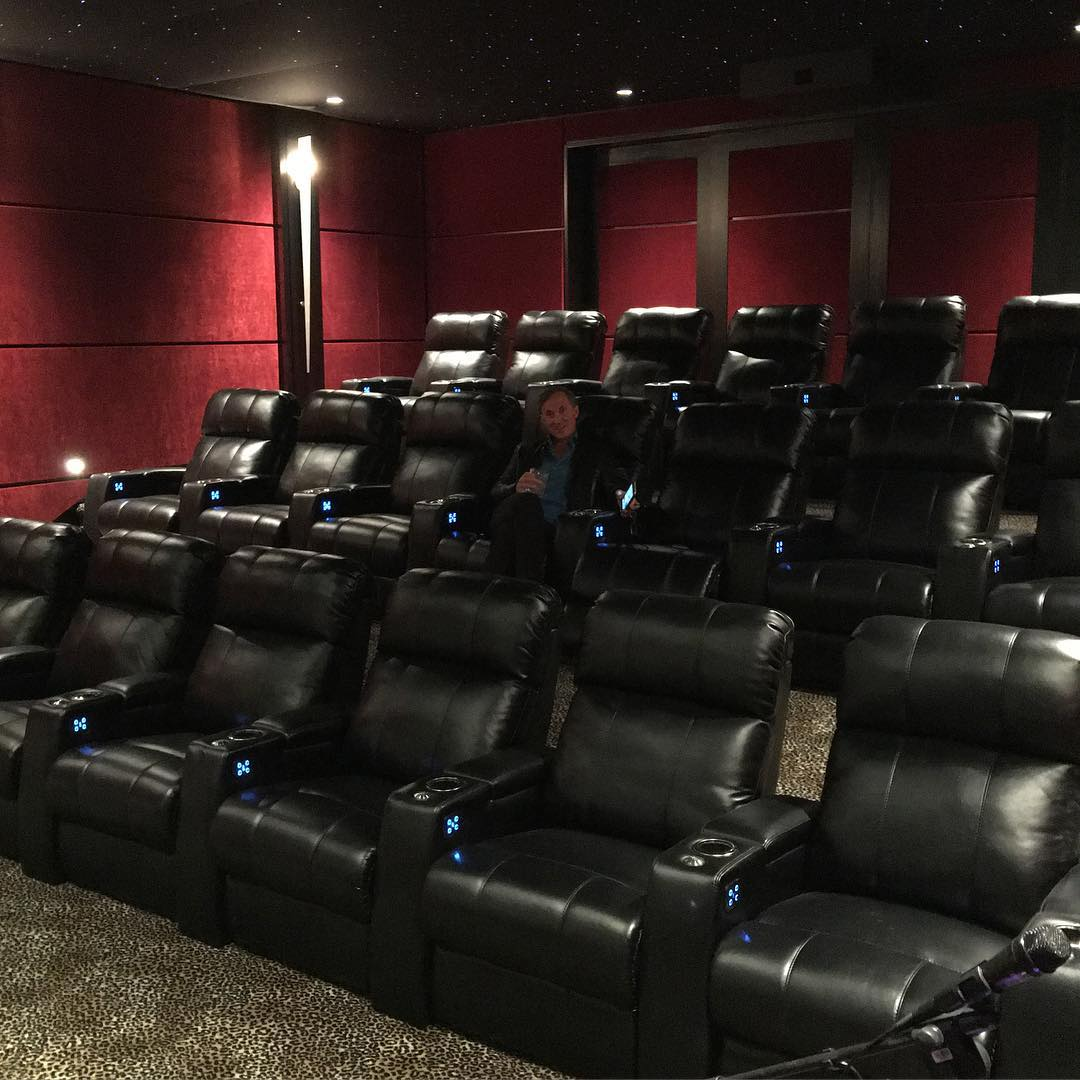 heather dubrow movie theater picture