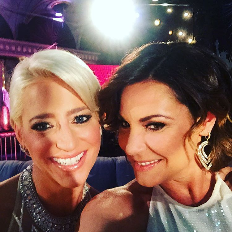 luann de lesseps with dorinda medley at the season 8 reunion taping