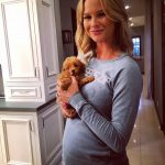 meghan king edmonds with her peeing puppy