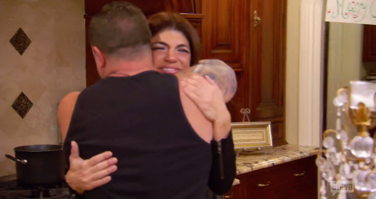 teresa giudice hugging joe giudice