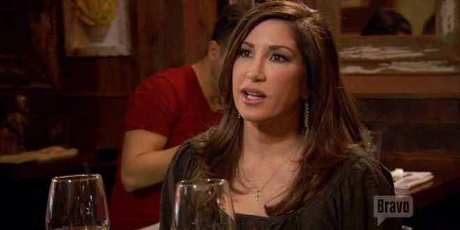 jacqueline laurita says teresa giudice is a hypocrite