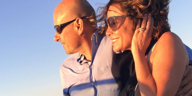 luann de lesseps on a boat with tom d'agostino
